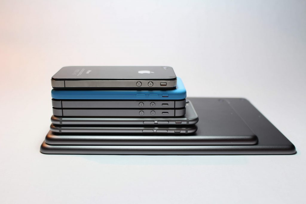 apple iphone (1)