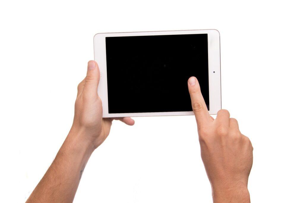 Co można zrobić, gdy iPad się zawiesza?